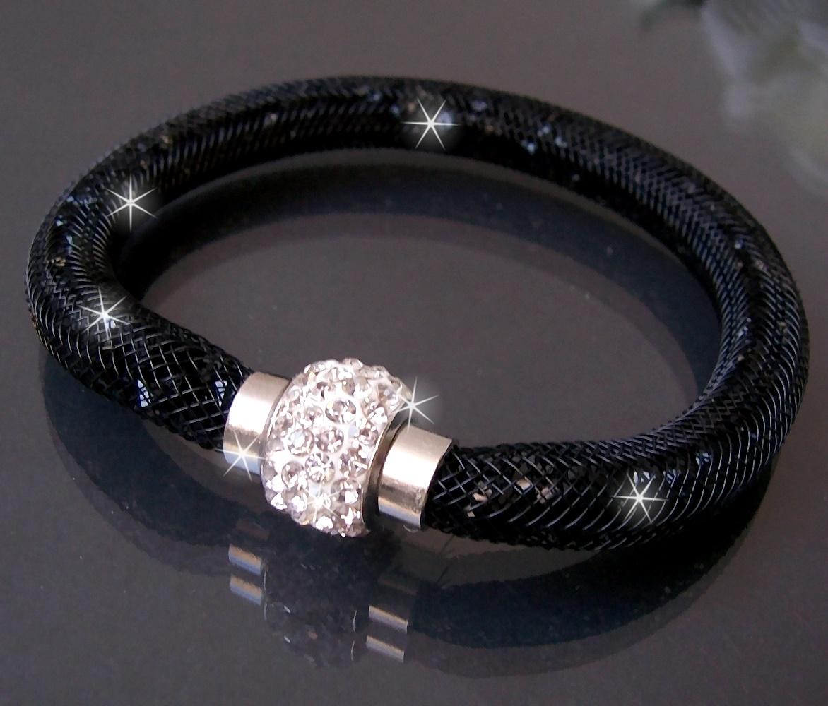 A1114# Armband Kristalle in Nylonnetzschlauch Shamballa Star schwarz