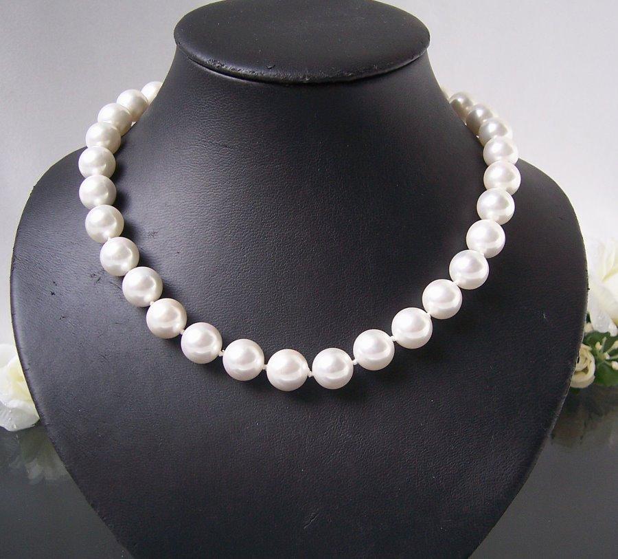 Perlenkette Muschelkern Perlen creamweiß 12mm Collier Braut K1749