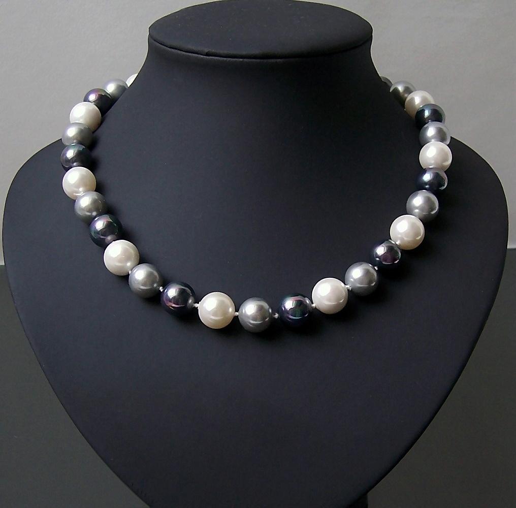 Kette Muschelkernperlen Perlenkette cream-grau-tahitigrau K2037