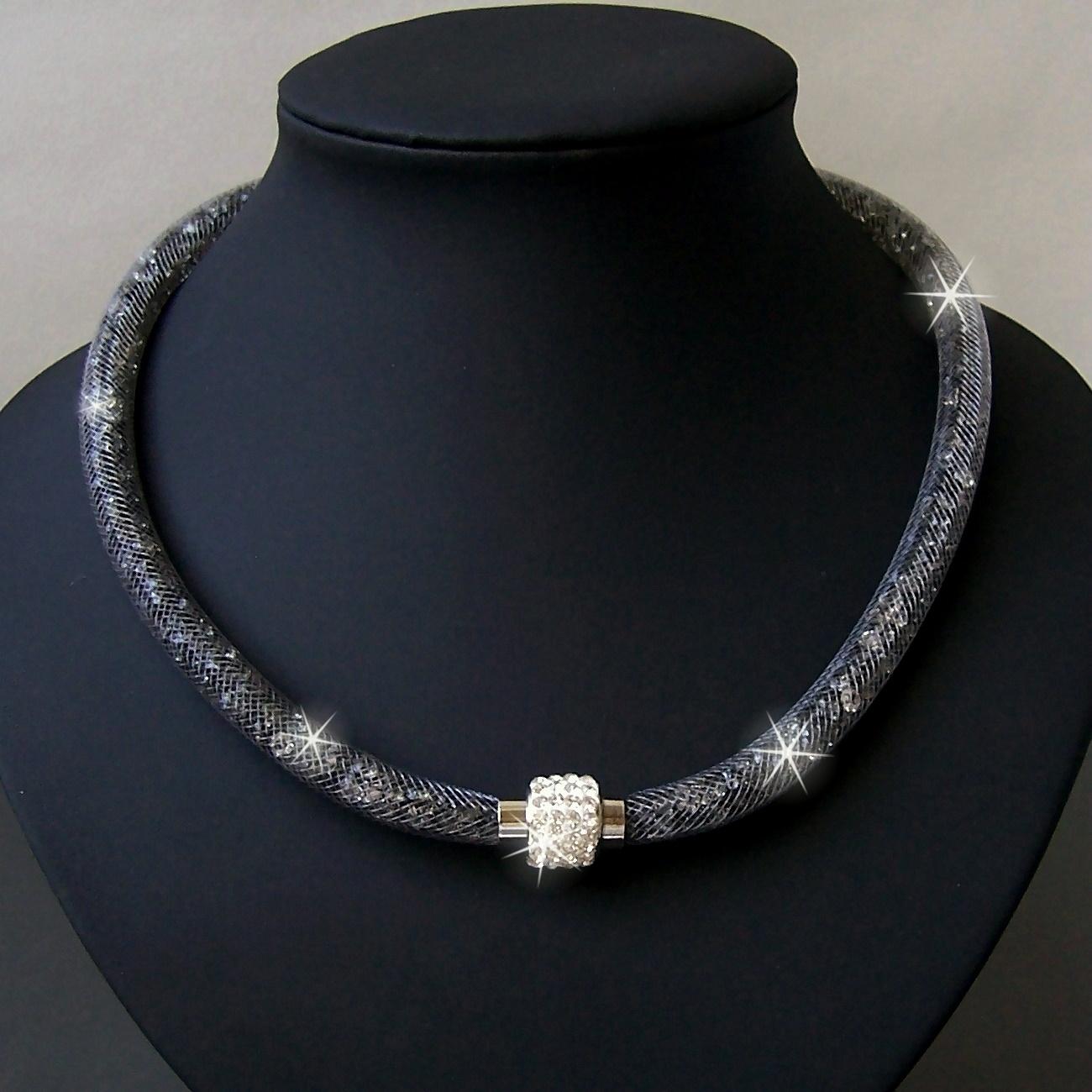K2332# Collier Kristalle in Nylonnetzschlauch Shamballa Star grau