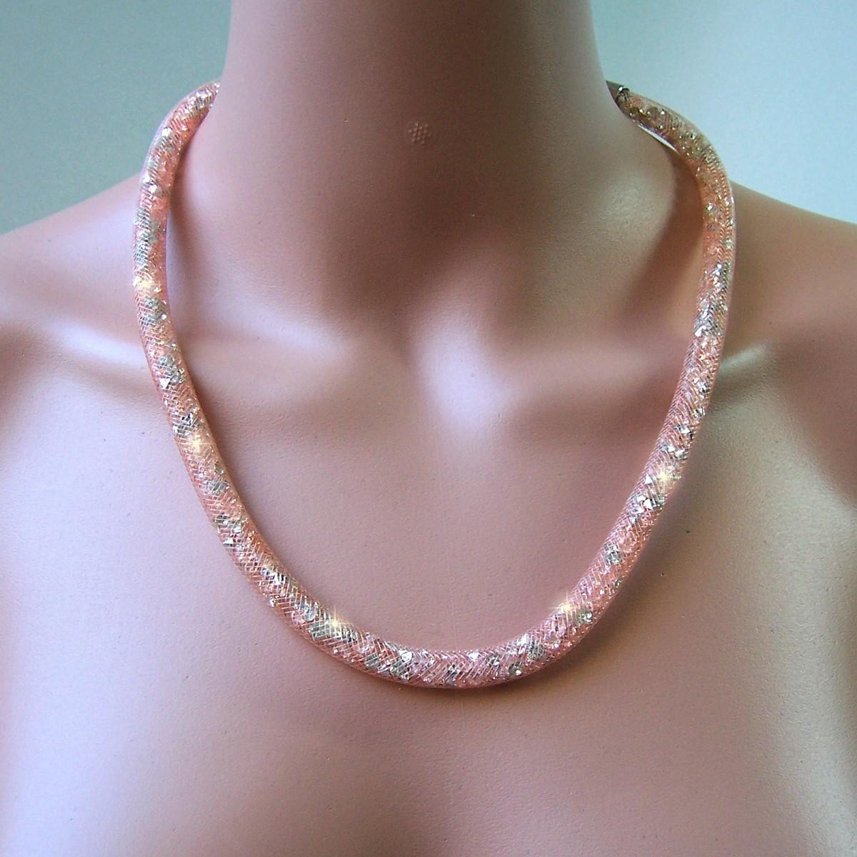 K2336# Collier 58cm lang Strasskristalle rosé in 3D-Netzschlauch