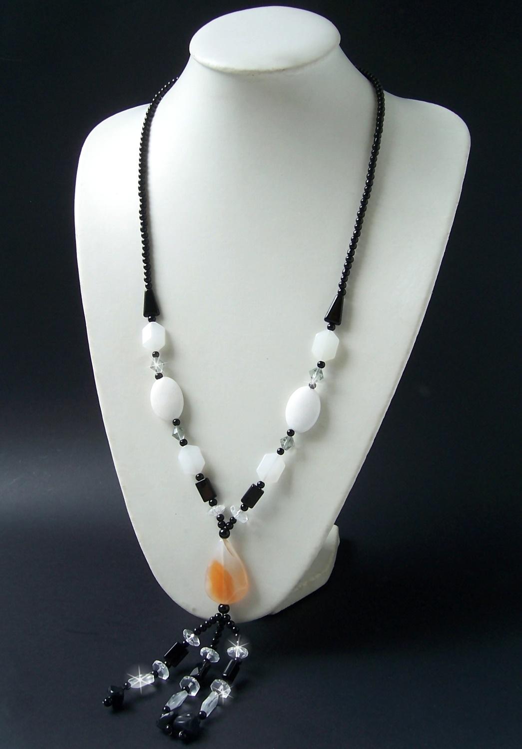 Kette Y-Kette lange Halskette Schmuck Achat Perlen schwarz weiß K655