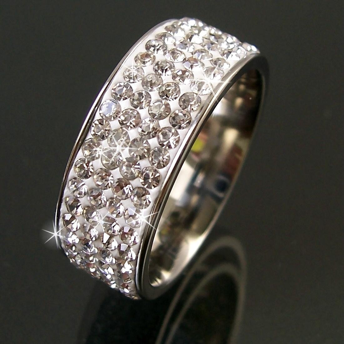 Køb hos Floryday for billige kvinde mode Ringe. Floryday tilbyder de sidste kvinde Ringe kollektioner der passer til enhver lejlighed.